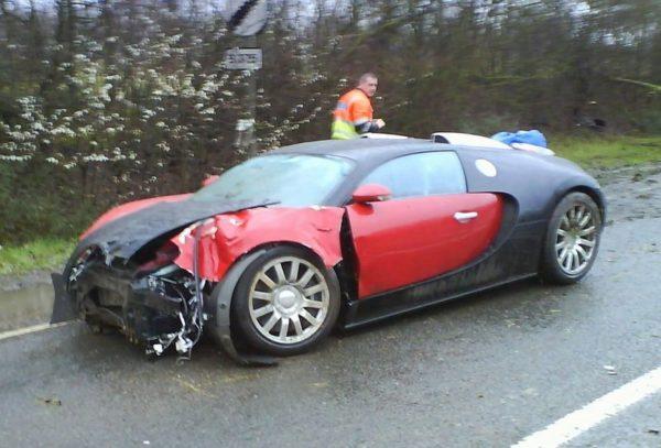 Первая авария Bugatti Veyron