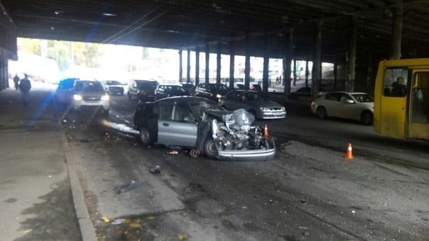 жуткая авария с участием трех автомобилей