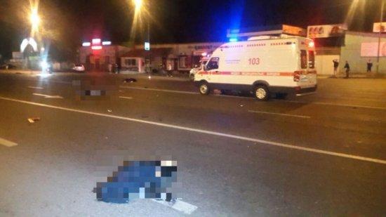 «БМВ» насмерть сбил четырех пешеходов