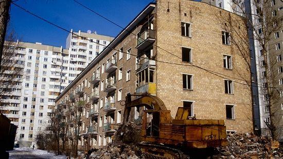 жильцов пятиэтажек предложили переселять