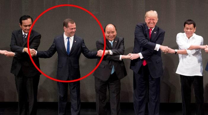 Медведев испортил общее фото