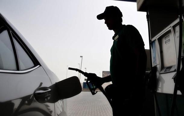 стремительно дорожает топливо на АЗС